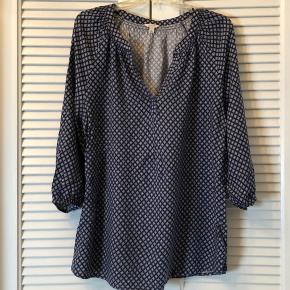 Sonoma Tops - Adorable dark blue print blouse!